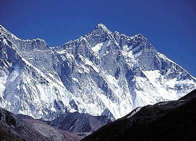 히말라야 산맥만큼 험난한 네팔의 민주화운동