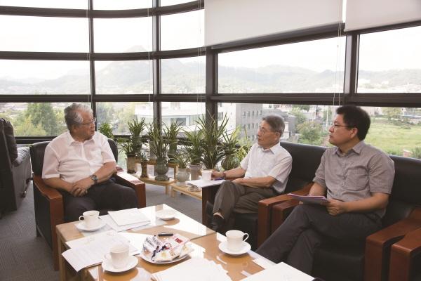 아시아 민주주의와 한국의 역할