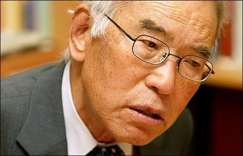 한국 민주화 운동사의 증인이자 주역. 영원한 인권 변호사 이돈명