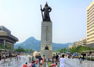 대한민국 광장민주주의의 탄생지, 광화문광장
