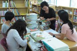 같음과 다름이 조화를 이루는 다문화 어린이도서관 <모두> 사진